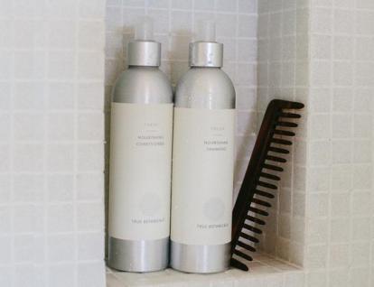 ShampooConditioner_a87bbe15-9db4-4f8d-bcb6-ec7bd227e49c_544x